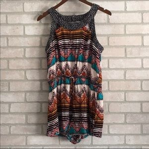 Colorful romper. Size Large
